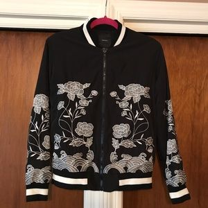 Forever 21 black floral embroidered bomber jacket